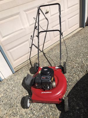"21"" gas push lawn mower w/side discharge for Sale in Kirkland, WA"