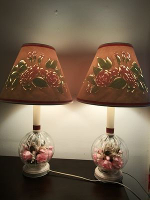 Vintage 1940s boudoir lamps with silk roses cut paper shades tole base for Sale in Big Rock, TN