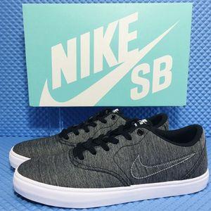 Nike SB Check Solar Canvas PRM (Men Size 10.5) Athletic Skate Casual Sneaker Shoe for Sale in Corona, CA