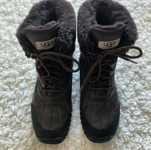 Ugg Brown Adirondack Leather Boots, 8 for Sale for sale  New York, NY