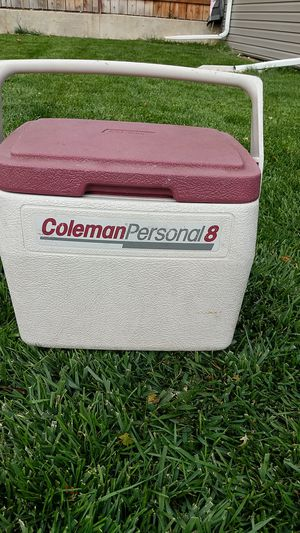 Coleman personal 8 cooler for Sale in Wheat Ridge, CO