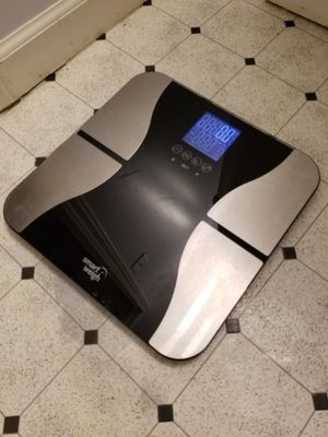 Bathroom scale body fat % for Sale in Portland, OR