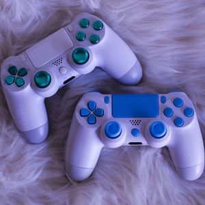 Icy - DUAL SHOCK 4 - Wireless Bluetooth Custom PlayStation Controller - PS4 / PS3 / PC for Sale in Riverside, CA