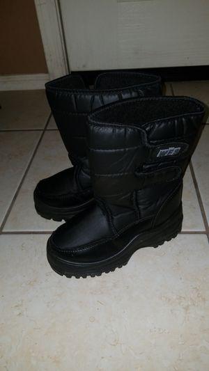 Snow boots kid's...size 2 for Sale in Litchfield Park, AZ