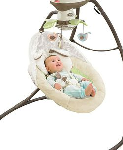 Baby Swing - Fisher Price Snugabunny for Sale in Casselberry,  FL