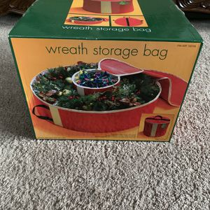 Christmas wreath and lights storage bag for Sale in Bristol, CT