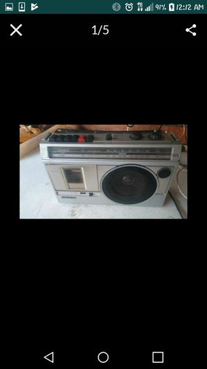 Old school AM FM cassette player Radio for Sale in Lakewood, CA