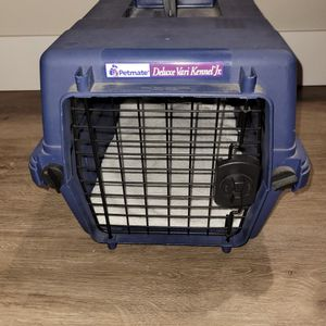 Petmate Deluxe Vari Kennel Jr. Plastic Crate for Sale in Tustin, CA