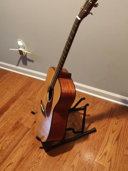 Guitar Stand for Sale in Cuyahoga Falls,  OH