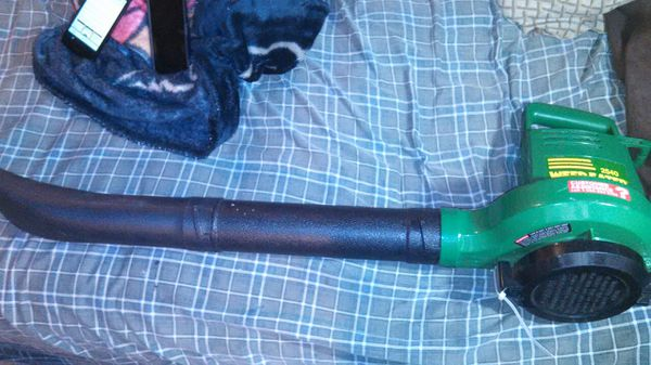 (ELECTRIC LEAF BLOWER WORKS GOOD)NEED GONE ASAP