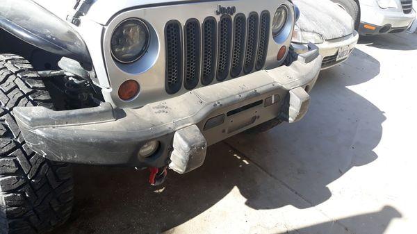 Jeep Hard Rock Bumper winch ready