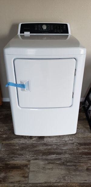 Frigidaire for Sale in Estancia, NM