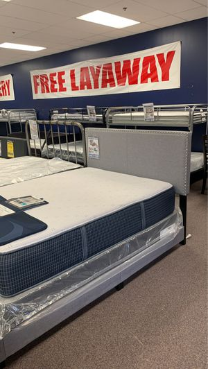 Erin bed for Sale in Kentwood, MI