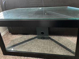 Tempered Glass Tv Stand for Sale in Mulberry,  FL