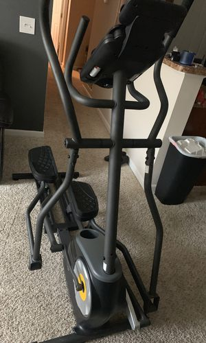Golds Gym elliptical for Sale in Canal Winchester, OH