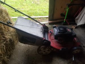 Self-propelled lawn mower for Sale in Battle Ground, WA