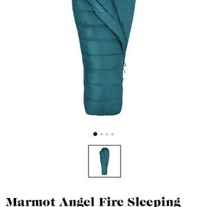Marmot Sleeping Bag 25 Degree for Sale in San Diego, CA