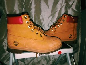 Red and gold timberlands, good condition, only worn twice, size 6 for Sale in Walnut Creek, CA