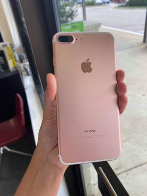 iPhone 7 plus 32gb Unlocked Excellent Condition for Sale in Raleigh, NC