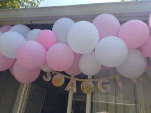 Free hanging balloon for babyshower and table decorations for Sale in Tacoma, WA