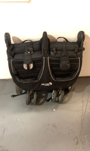 City Mini by baby jogger double stroller for Sale in West Bloomfield Township, MI