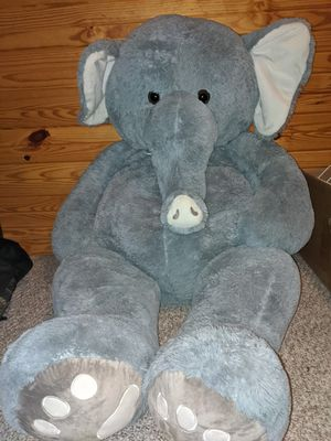 Giant Stuffed Elephant for Sale in Oak Grove, AL