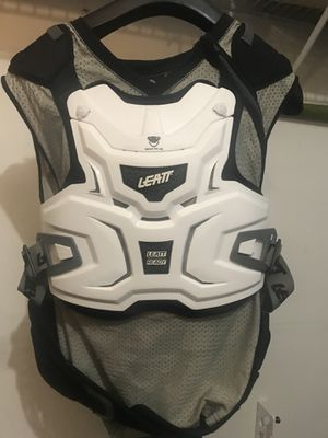 Leatt Adventure Lite Motorcycle Chest Protector Size: Small/Medium Fits Height 5'5 to 5'9 for Sale in Darnestown, MD