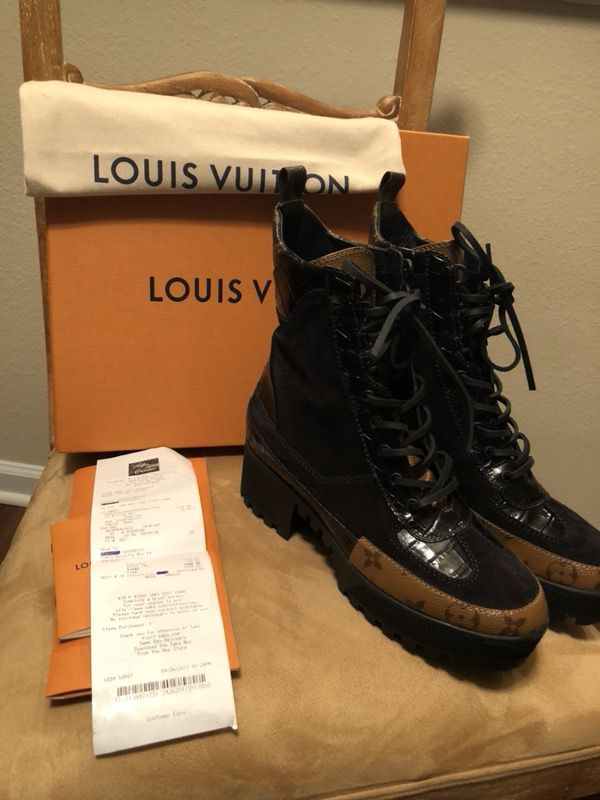 034c5dacfe75 Louis Vuitton Laureate Desert Boots (40) 9 for Sale in Jacksonville ...