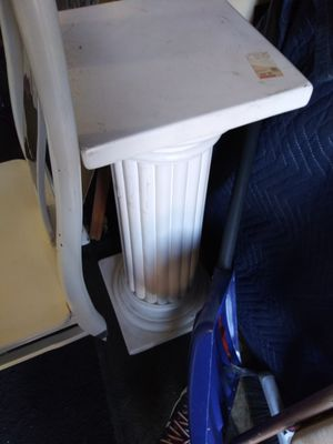 End tables, chest boxes & Chairs for Sale in Indianapolis, IN