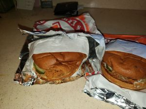 Popeyes chicken sandwich with receipt. Fresh ordered 1 hour ago for Sale in Fullerton, CA