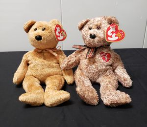 TY Beanie Babies Cashew And 2002 Signature Bear NWT. for Sale in Clearwater, FL