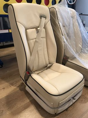 Cream color leather bus seat with built in seatbelt for Sale in Hawthorne, CA