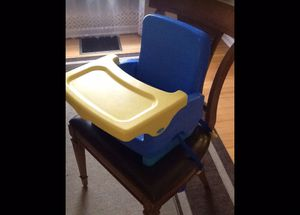 Great Safety 1 st On the Go fold up baby, kid booster seat for Sale in Chicago, IL