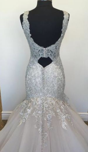 Madison James Wedding dress for Sale in Chicago, IL