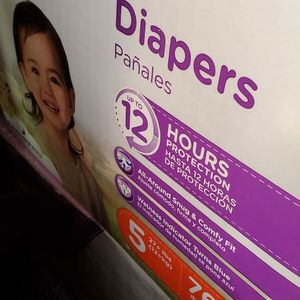 Diapers size 5 for Sale in West Covina, CA