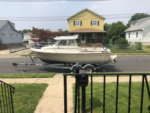 Bayliner 2060 $2000 TODAY for Sale in Burlington, NJ