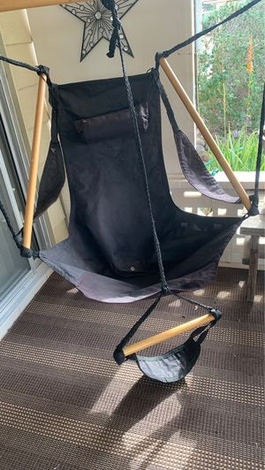 Hanging patio chair $25 for Sale in Sun City, AZ