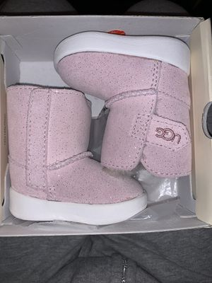 Baby UGG Boots take both or 1 pair READ description for Sale in Beverly Hills, CA