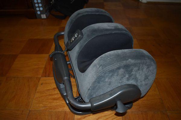 Ijoy Massage chair and Ottoman 2.0 Calf & Foot Massager (BUNDLE)