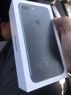 iPhone 7 Plus 32gb factory unlocked already no cracks or any damage for Sale in Corona, CA