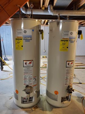 2 used water heaters 40 gal $150 each for Sale in Denver, CO