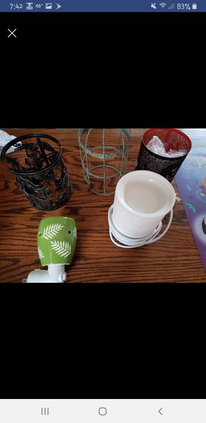 Scentsy warmer bundle for Sale in Charles Town, WV