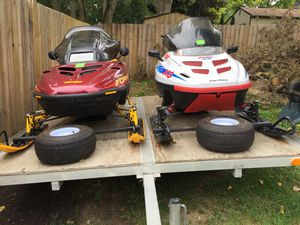 2 Snowmobiles and Trailer for Sale in Waterford Township, MI