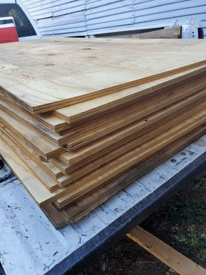 3/4 solid plywood 50 left for Sale in Dallas, TX