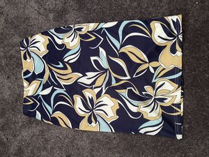 Women's Floral Pencil Skirt- Large for Sale in Clinton, MD