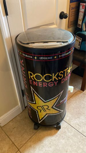 Rockstar ice cooler with water drain plug for Sale in Crestview, FL