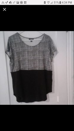 Women's Alfani Black and Gray Tunic Length Shirt Size L for Sale in Parkville,  MD