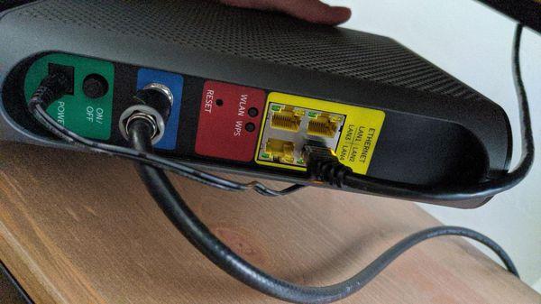 Motorola MG7540 16x4 Cable Modem plus AC1600 Router