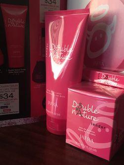 Jafra Perfume Y Crema for Sale in Garden Grove,  CA