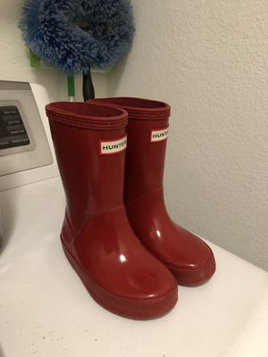 Red hunter rain boots toddler size 8 for Sale in Elk Grove, CA